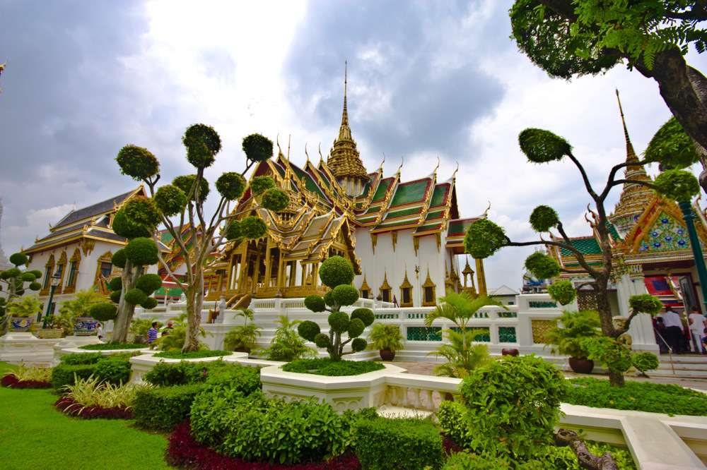 photoblog image TH06: Somewhere in the Grand Palace complex
